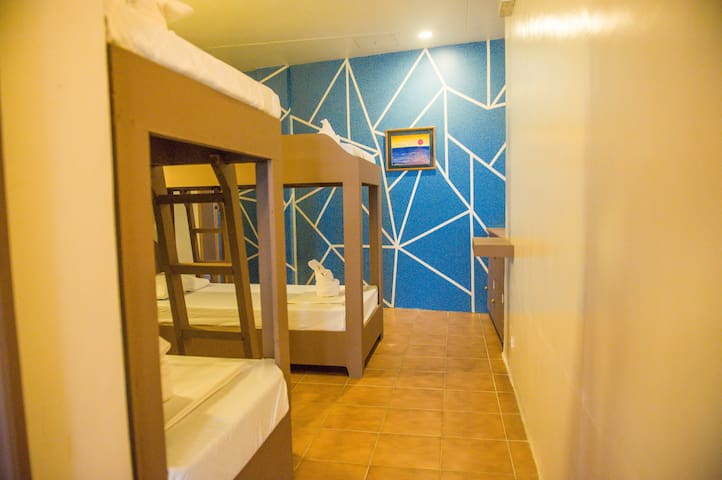Affordable Hostel Beds near D'Mall Station 2