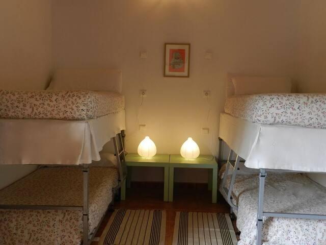 Hostel El Lago Caceres - habitacion familiar standard - Tarifa estandar