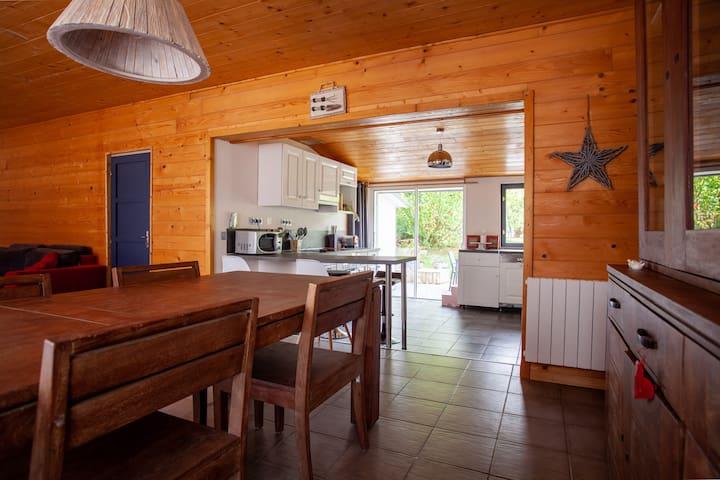 Petite maison grand confort en bordure de forêt