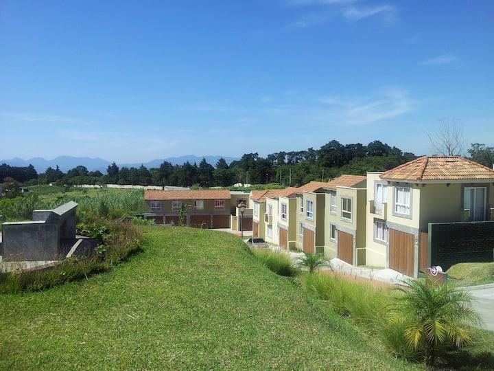 FULL HOUSE NEAR CASA DE DIOS