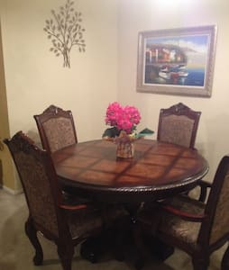 Beautiful room with closet&dresser - Tampa - House - 1