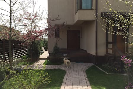 Apartment in villa - Otopeni International Airport - Tunari - House