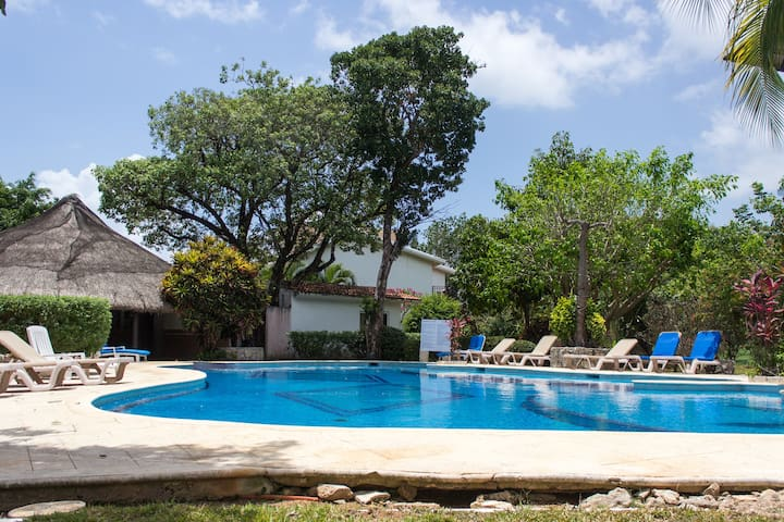 House for 4 close to the beach! - Playa del Carmen - House