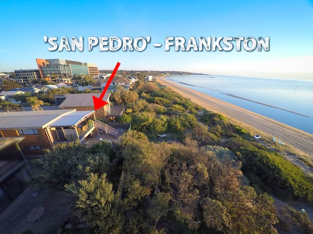 Award Winning Beach Front Villa - Frankston - House