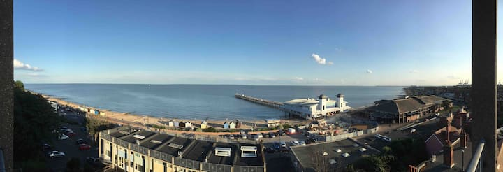 Modern two bedroom apartment on seafront