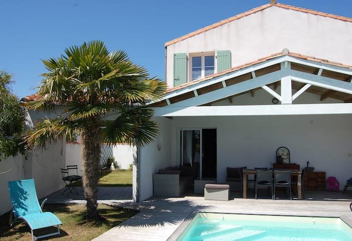 Villa Les Agapanthes, piscine, soleil et détente