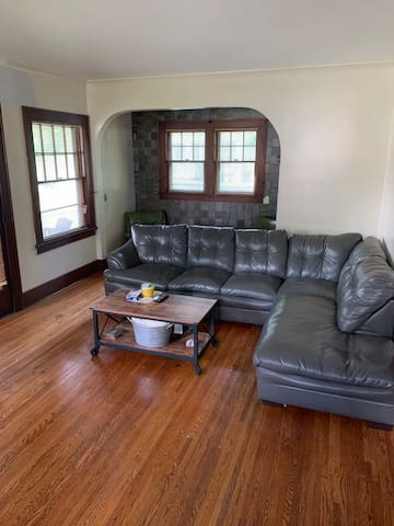 Rooms for nightly/weekly/monthly rentals