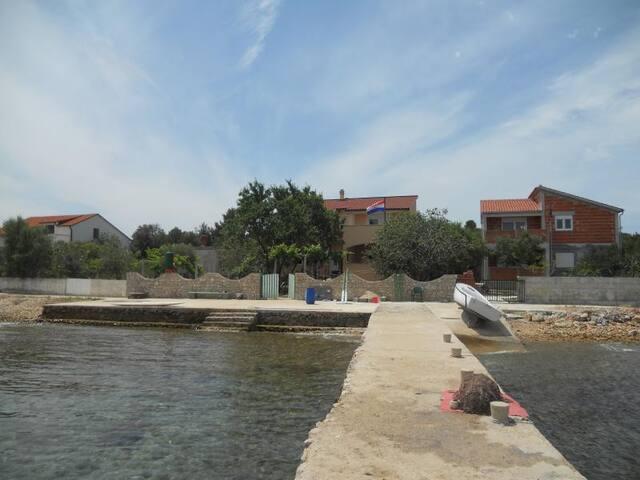 Babac- paradise island near Biograd - ไบโอเกรด นา โมรู