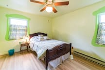 Cozy Centrally Located