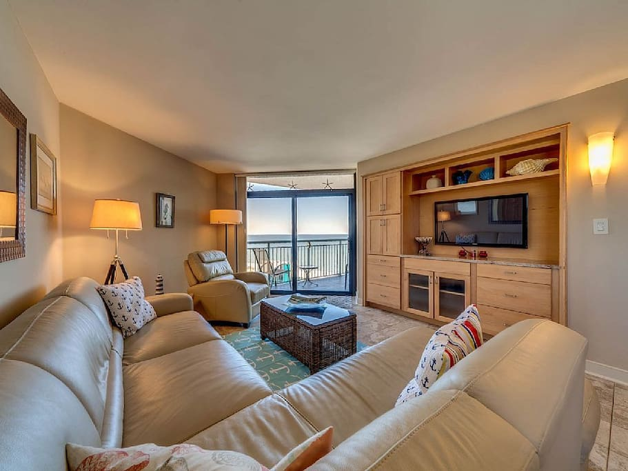 Comfy furniture, high def tv, and view ... Who needs to ever leave?  Oh, did I mention the view?