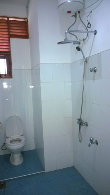 Bath Room with Hot & Cold water