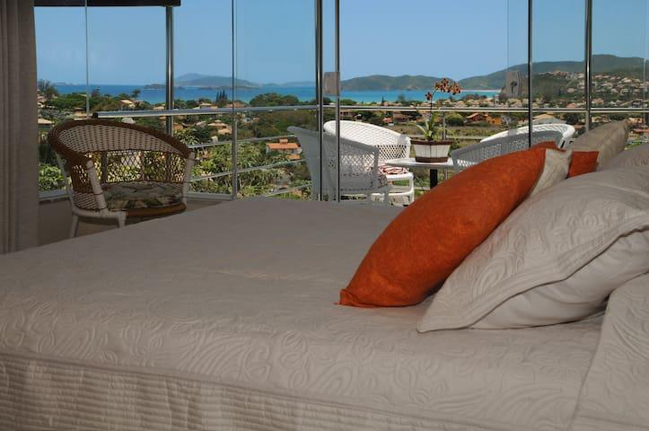 Casa em Búzios com vista ao mar