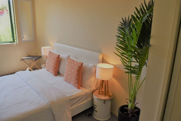 LOVE NEST- Peaceful & Cosy ensuite in City Central