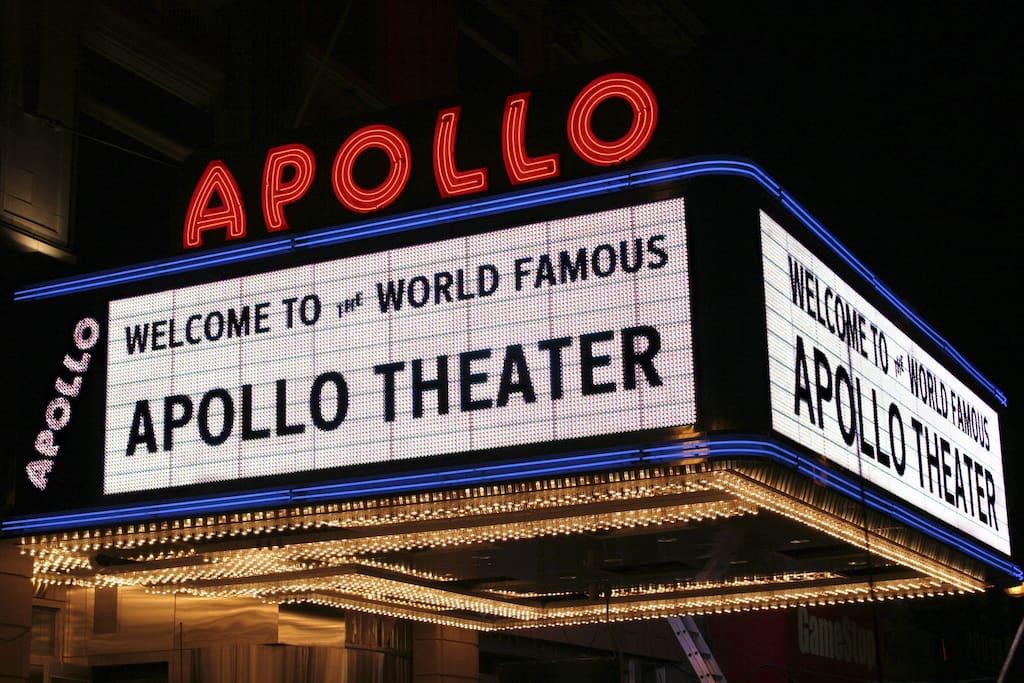 Walking distance to world famous Apollo theatre