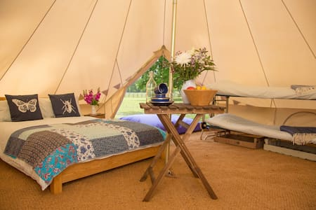 Riddlesworth Park Glamping - Tent