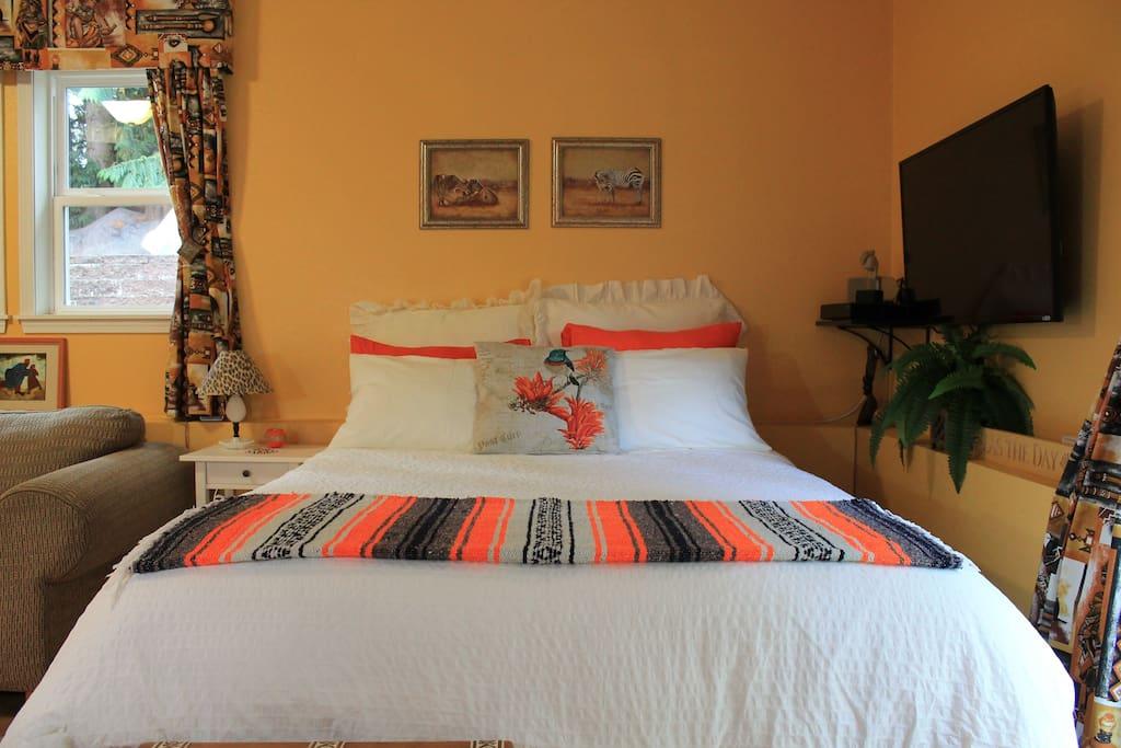 Comfortable, luxury queen size bed