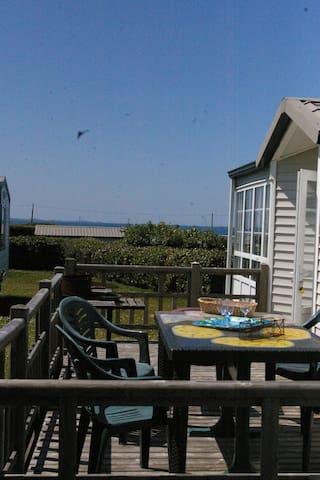 Grand bungalow avec vue sur mer à Kerlouan - Kerlouan - Bungalow