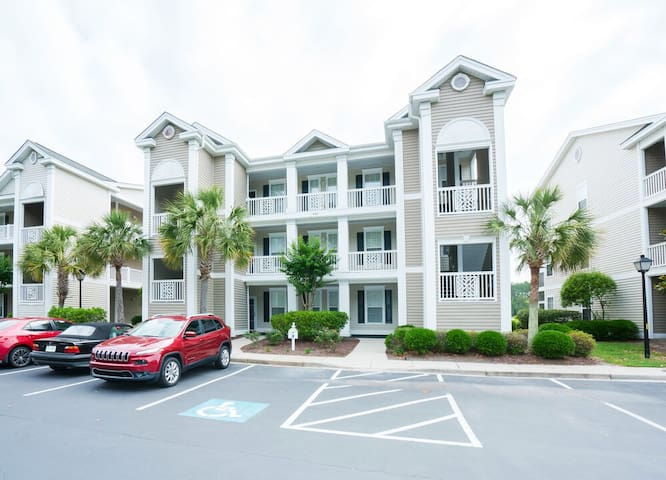 Sandpiper Village - First Floor Unit -Great Views from Screen Porch