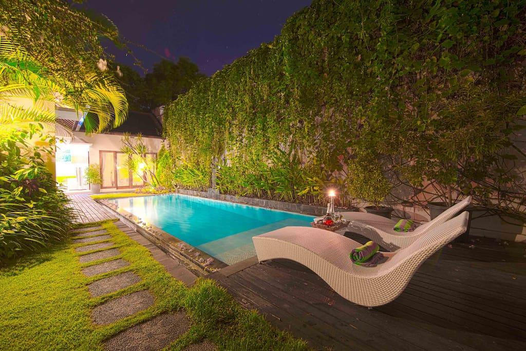 pool, garden area