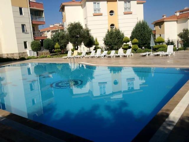 3+1 apartments in Kusadasi Bay View - Kuşadası - Apartment