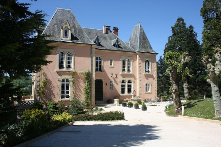 Chateau du Bois Noir - Perpezac-le-Blanc - Oda + Kahvaltı