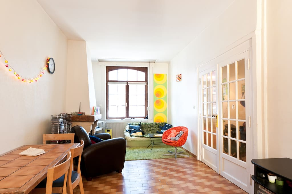 chambre priv e ds maison ac jardin houses for rent in lille nord pas de calais france. Black Bedroom Furniture Sets. Home Design Ideas