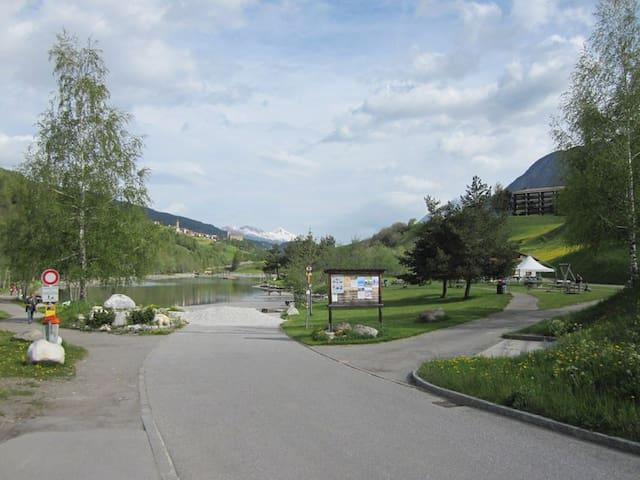 Wohnung direkt bei Bergbahn und See - Savognin - Apto. en complejo residencial