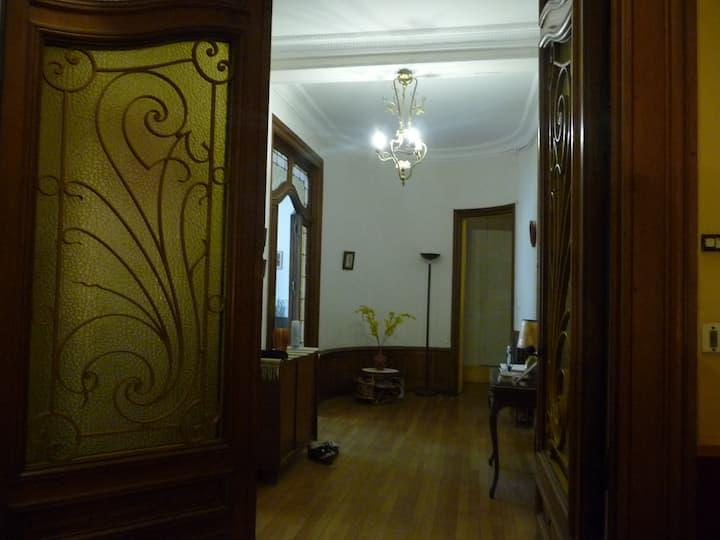 chambre au cœur de l'Art Nouveau à Nancy