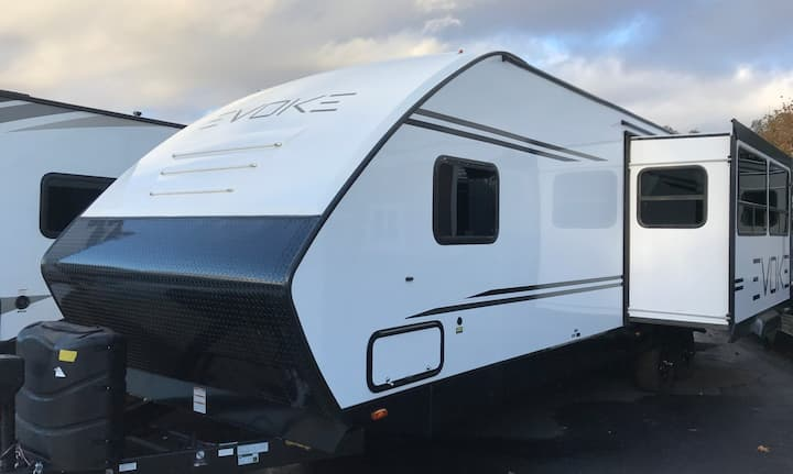 """Great, """"Bring The Party To You"""" 2020 Evoke Trailer"""