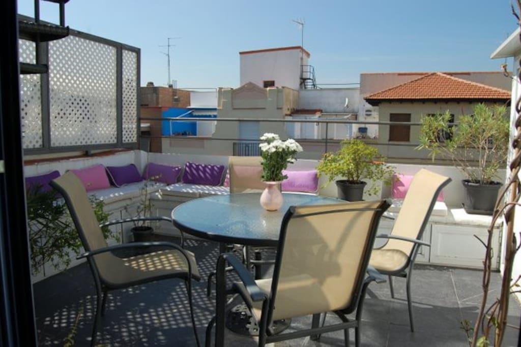 Piso con terraza para 2 personas en chambery for Pisos con terraza madrid