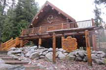 The Rustic Pine Log Cabin on Angel Island Bull Lake Montana.  A true Log Cabin, Rustic with modern amenities.
