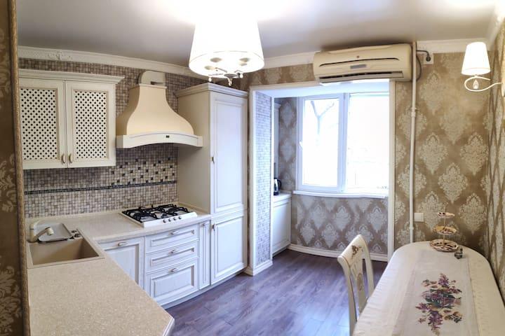 3-х комнатная квартира на Петра Первого