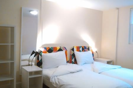 (RM 3) Period Boutique Hostel, Best Rating in UK - London
