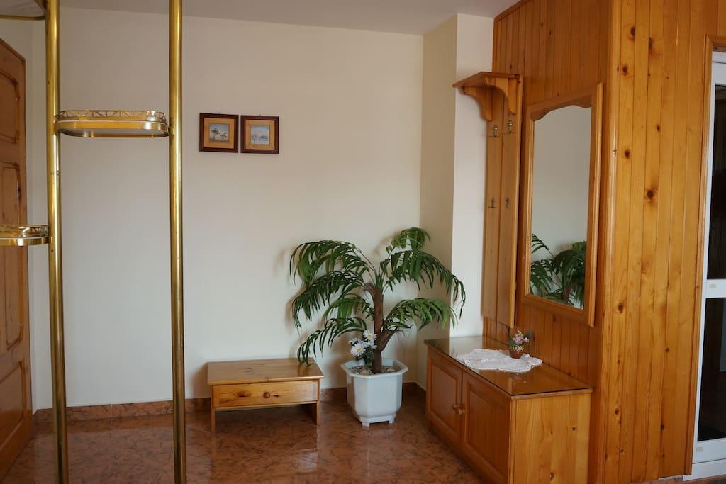Private Entry area