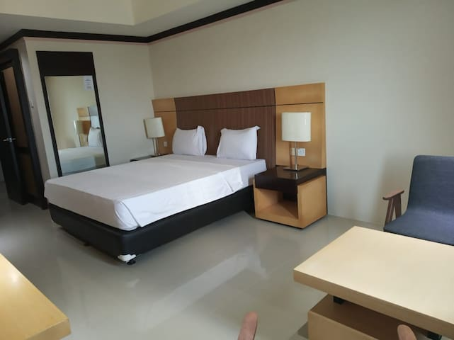 Nagoya Mansion Hotel Room batam