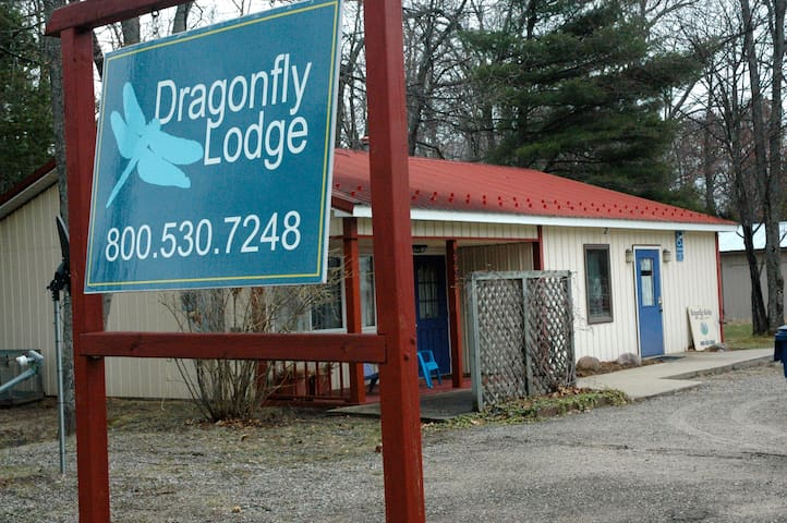 Dragonfly Lodge at Higgins Lake - North Unit - Roscommon - Lain-lain