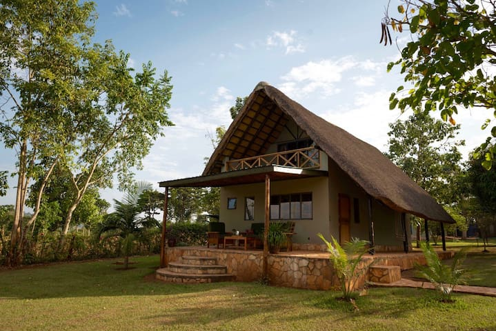 Nile Falls Cottage - Kayunga - บ้าน