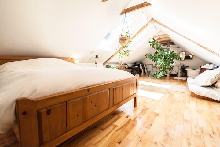 Paisible maison d'artiste comprenant 3 chambres
