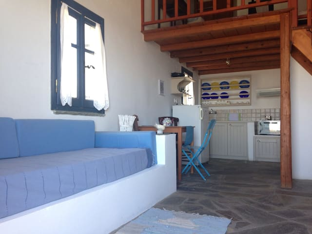 Studio with mezzanine/amazing view - Tinos - Bed & Breakfast