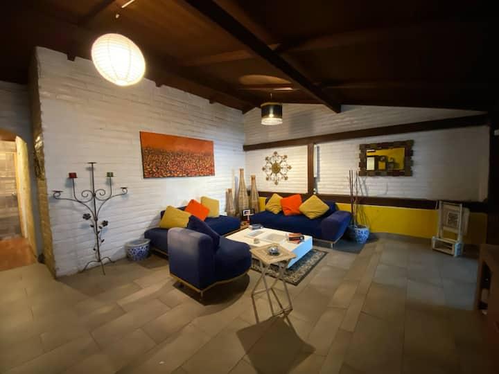 Cozy room near Plaza Foch