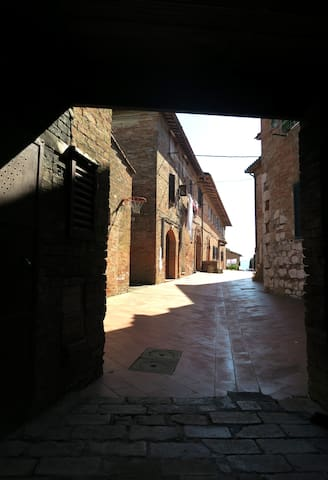 Medieval village next to Siena - Sovicille - Apartmen