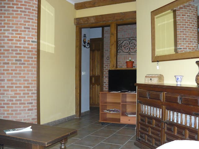 Apartamento El Tejar - Torrejón el Rubio - Apartament