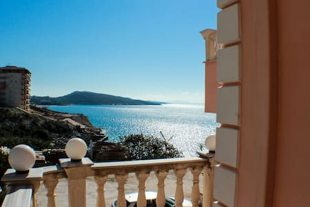 Double Room with sea view - Saranda - Sarandë - アパート