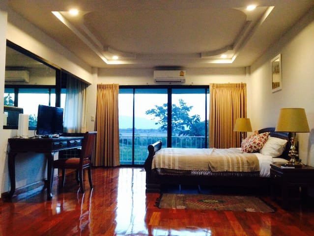 The cottage Nakonsawan luxury villa - NakhonSawantok  - (ukendt)