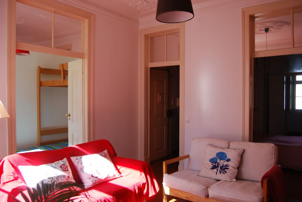 Sitting room, with plenty of light and quite thanks to the double glazed wide windows
