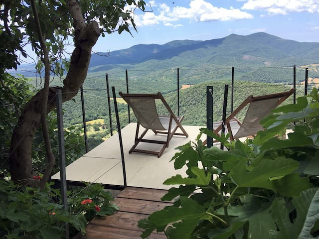 La Quercia ~ rustic nature retreat & endless views