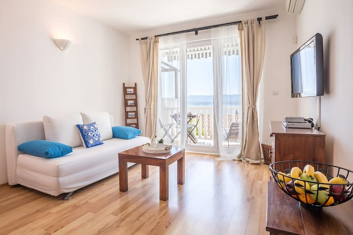 Apartment A2+2 with Sea View