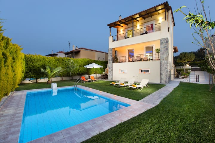 Villa Mario - 1 km away from Beach  - Rethymno - House