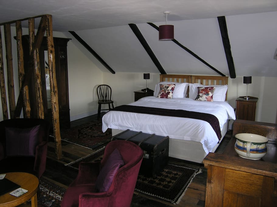 The Asker Room is one of our three ensuite bedrooms