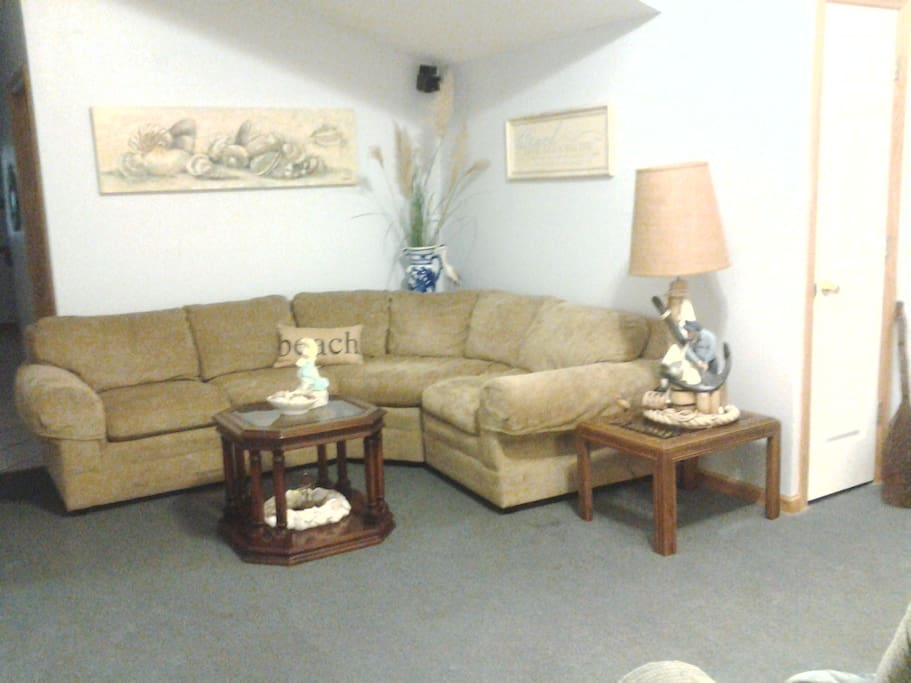 Living Room: L Sofa, Recliner and TV with DVD Player